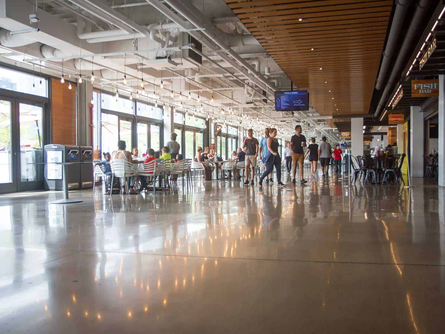 LS-concrete-floor-Retail-Navy-Pier-Chicago