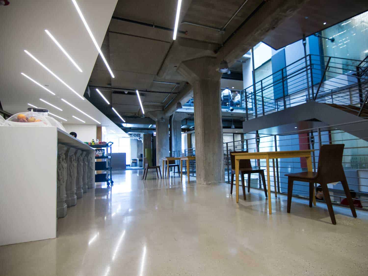 LS-concrete-floor-adaptive-reuse-Google-Chicago-HQ