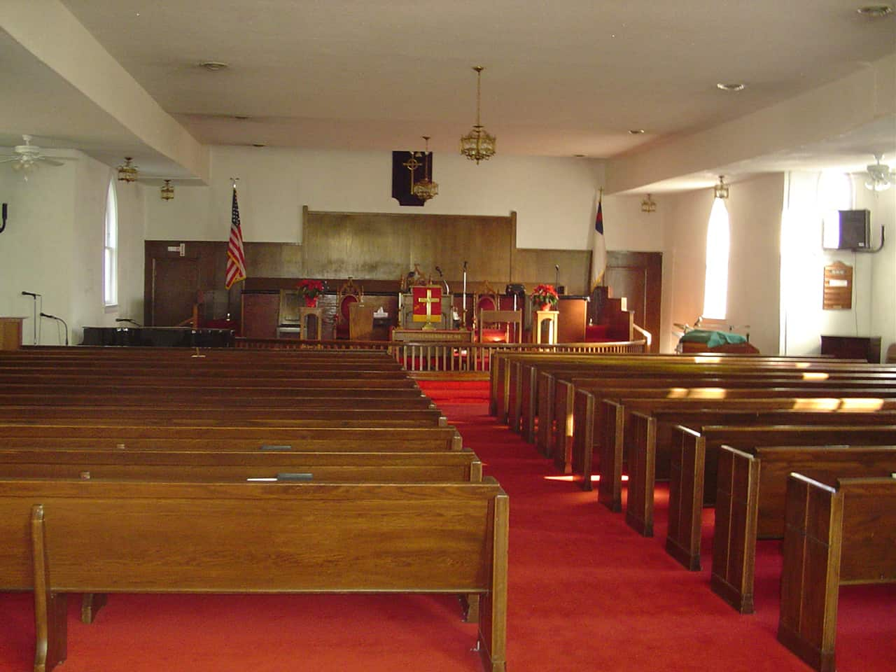 A flat ceiling put in the sanctuary in 1972 completely changed the original aesthetic of the interior.